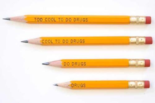 كلما بريت القلم الرصاص، تتحول الرسالة الايجابية المكتوبة على إلى اخرى سلبيه.