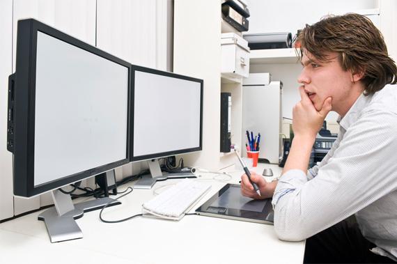 designer-staring-colorslab
